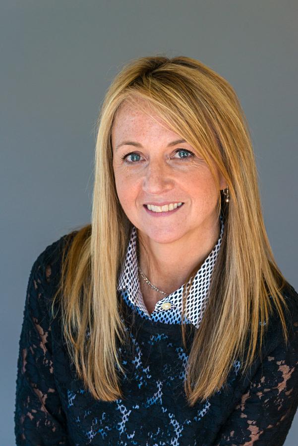 Cheryl Perry Huntsville Hospital Foundation Executive Assistant Headshot